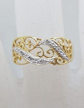 9ct Yellow Gold Ornate Wide Filigree Diamond Ring