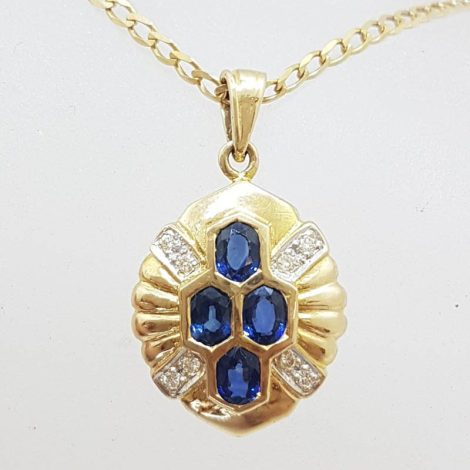 18ct Yellow Gold Stunning Natural Blue Sapphire with Diamond Pendant on Gold Chain