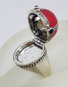 Sterling Silver Marcasite and Vibrant Red Enamel Exquisite Design Poison Ring / Pillbox Ring - Cross Motif with Garnets