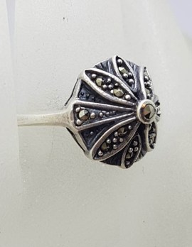 Sterling Silver Marcasite Round Star / Flower Cluster Ring