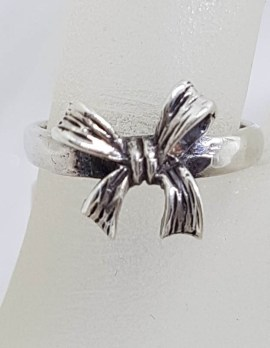 Sterling Silver Bow Shape Ring