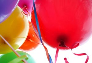 640px-Happy_balloons