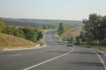 Wie sind über Stunden durch solche Straßen gefahren