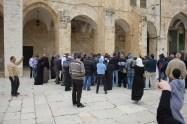 Juden und Moslems schreien sich an