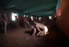 234099-indian-mud-wrestlers