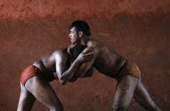 234102-indian-mud-wrestlers