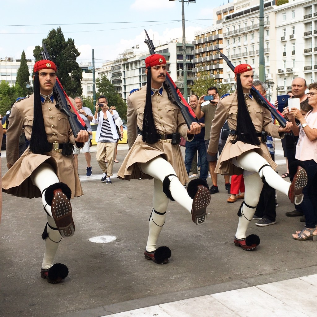 evzones outside the Hellenic Parliament