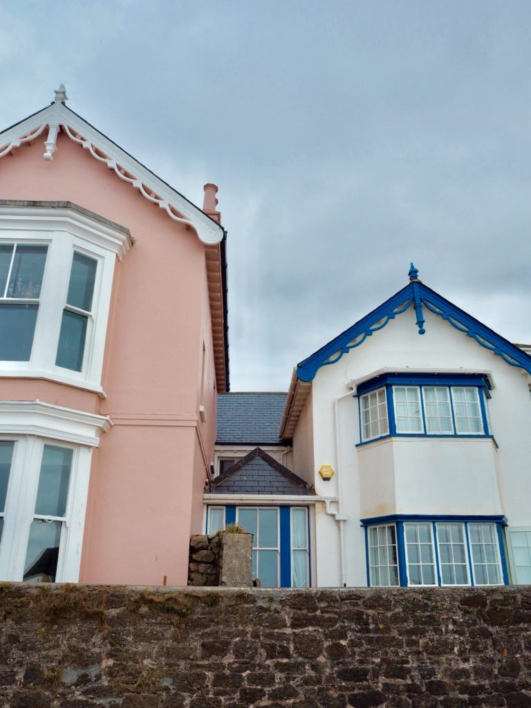 pink and blue houses in Budleigh Salterton