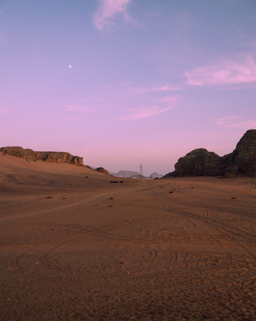 view on a jeep tour in Wadi Rum