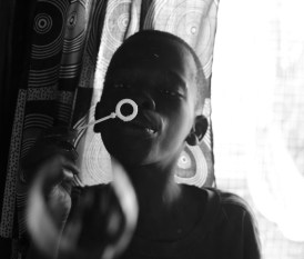 Sering blowing bubbles,