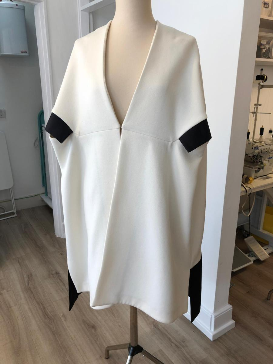 Dior cape white cashmere and black satin