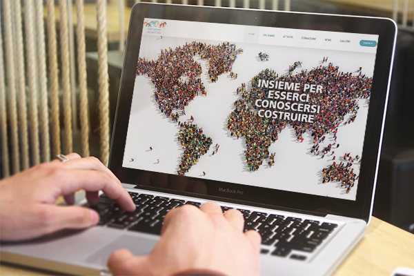 Realizzazione sito web Summit Nazionale delle Diaspore | alexiamasi.com