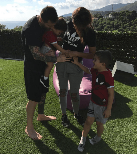 Lionel Messi and wife expecting baby number 3 (photo)