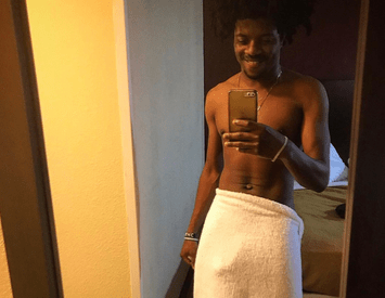 "Nigerian singer, Jhybo shows off his ""cap"" in sexy bathroom selfie"