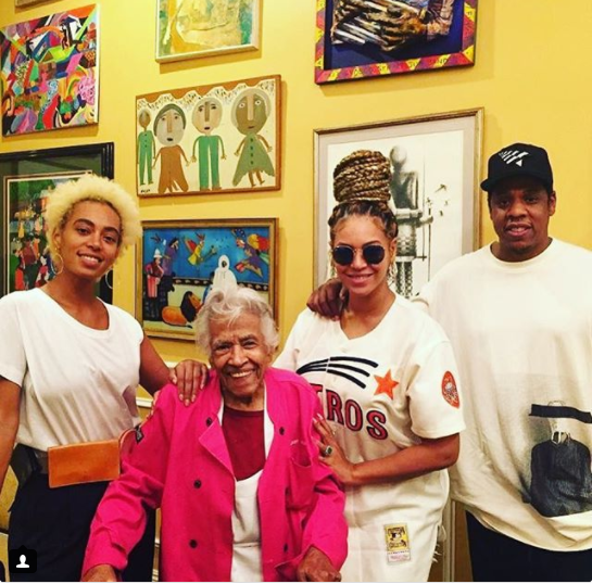 Beyonce, Jay-Z & Solange spotted on family outing in New Orleans