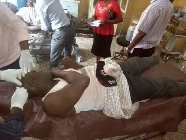 5a0bd546714ca - Photos: 8 injured as gunmen attack passenger boat along Keme-Ebiama/Ogboinbiri waterways in Bayelsa
