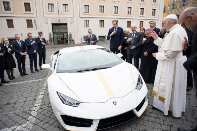 This is how it should be done! Pope Francis gets N76m Lamborghini as gift & donates it to charity (Photos)