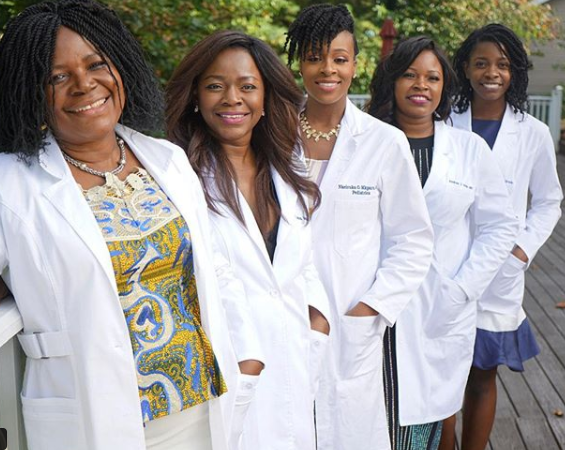 Lovely photo of five Nigerian women from the same family who are all medical practitioners