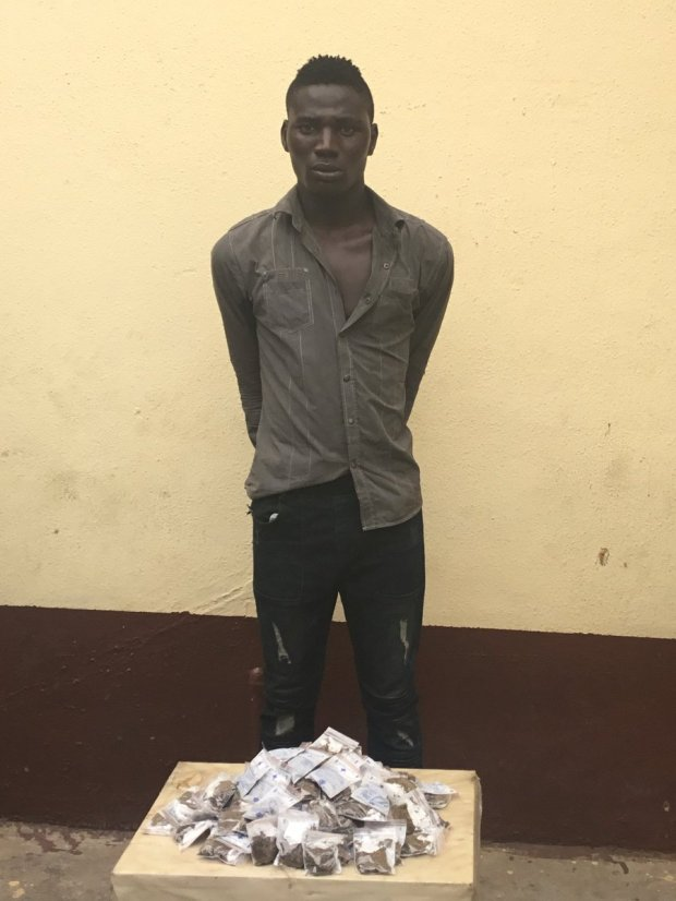 Photos: RRS nabs 27 year old road union member with 134 raps of Indian Hemp packaged in drug sachets