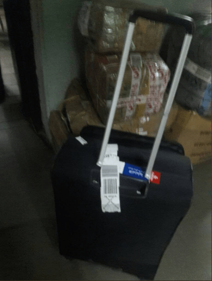 Davido?s crew members allegedly attack customs, baggage check officials at Lagos airport