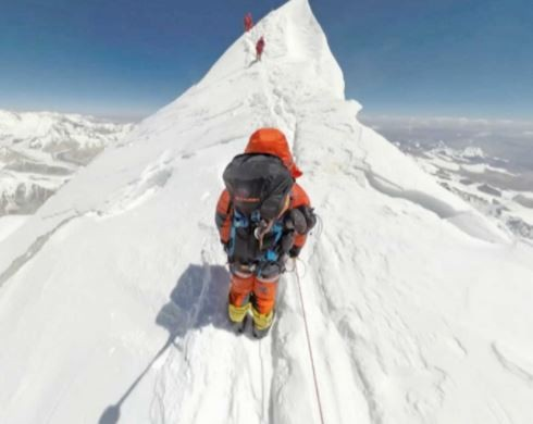 41-year old?Austrian climber found dead near mount Everest