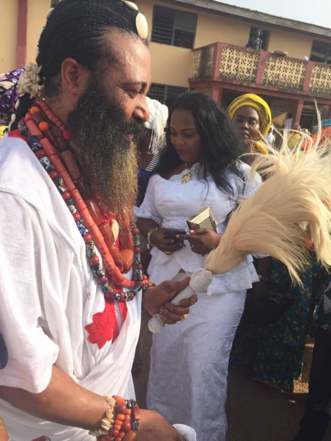 5a856ed05eb32 - Trending photos of a Nigerian 'Spiritual father' with long beards kissing his wife as they celebrated Val's day