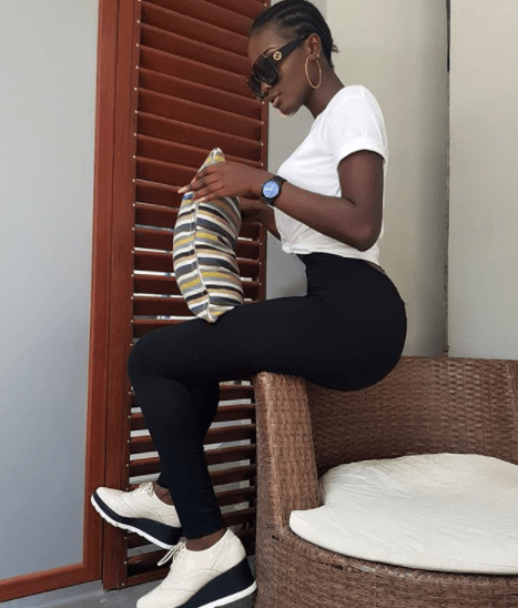 The figure on this Nigerian female model is causing men to go gaga on IG (photos)