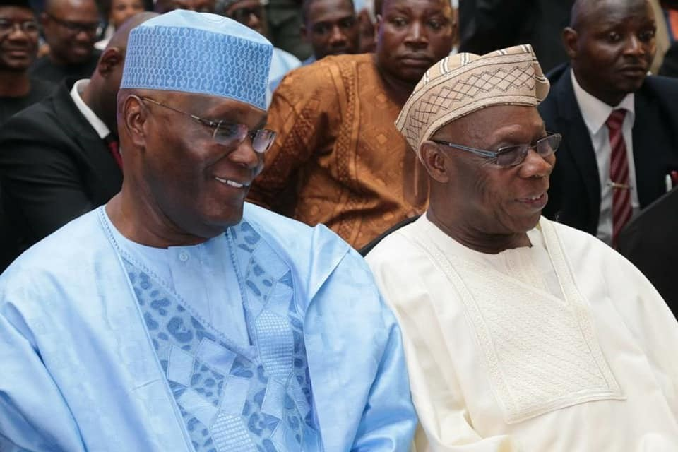 Photos: Obasanjo, Atiku all smiles at a function in Lagos