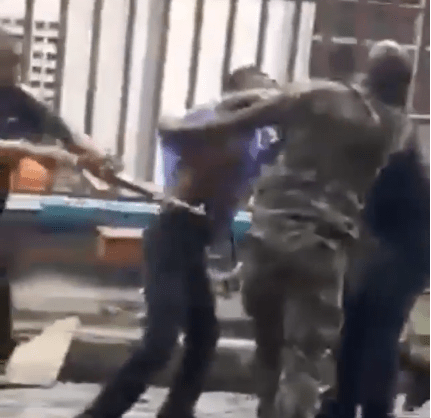 Viral video of armed Nigerian soldiers and Police officers exchanging blows in Lagos
