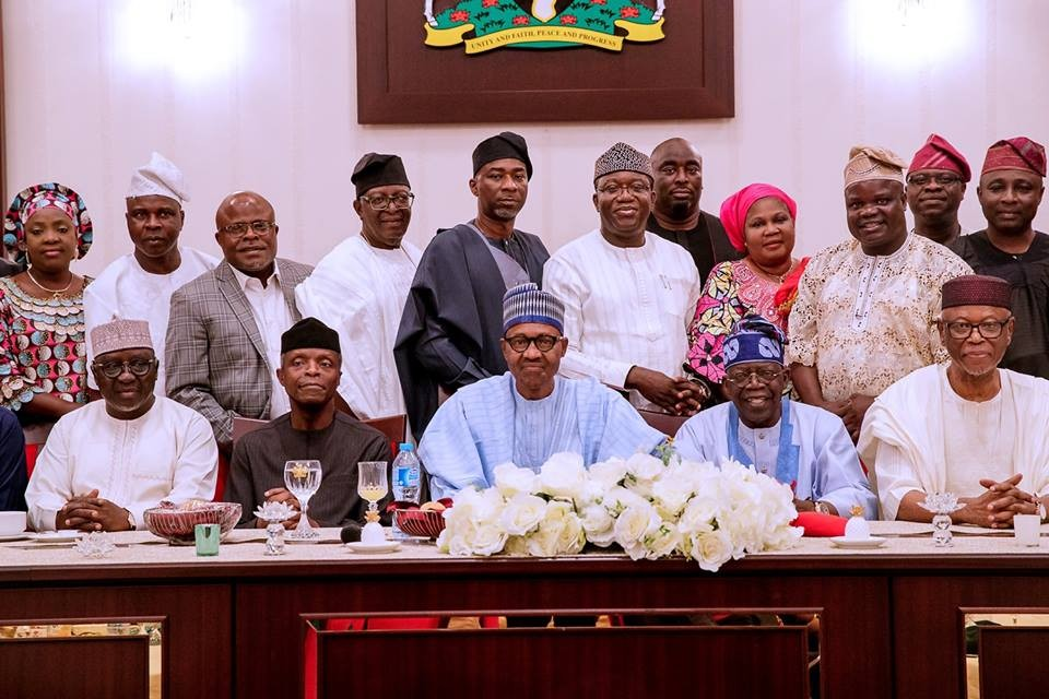 Photos: President Buhari hosts South West APC Leaders and Gubernatorial Aspirant of Ekiti State, Kayode Fayemi in the State House