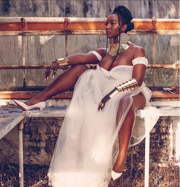 ?Reality star Amara La Negra flaunts her boobs in very risky outfit (Photos)