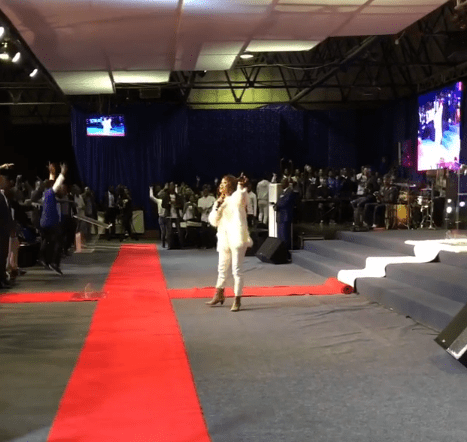 5b011122b80d0 - Amazing!!!! Tonto Dikeh ministering at a church in South Africa