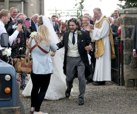 Photos:?Game of Thrones stars, Kit Harington and Rose Leslie tied the knot at the family castle