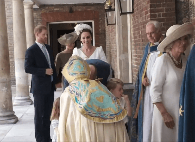 Photos/video of members of the Royal family at Prince Louis  Photos of members of the Royal family at Prince Louis' christening today 5b438b07b2cfc