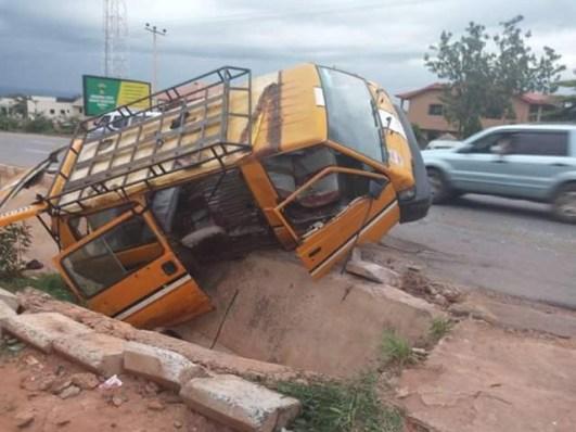 Fatal accident claims one life along Enugu-Onitsha Expressway , six injured