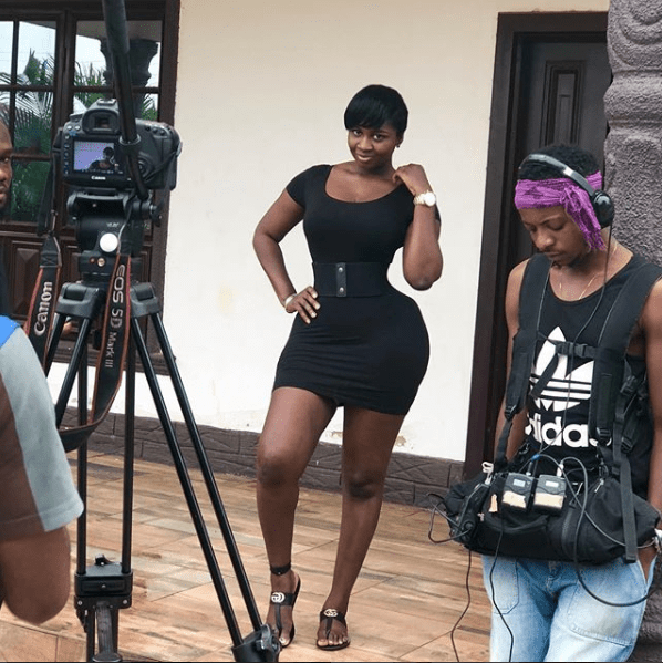 Check out the curves on actress Princess Shyngle? (Photos)