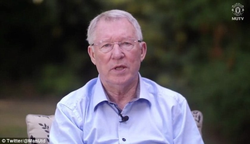 Former Manchester United coach Alex Ferguson makes first public appearance since brain haemorrhage in touching video