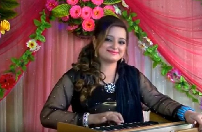 Pakistani singer and actress shot dead by her husband after a domestic dispute