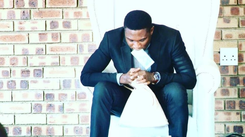 Viral video of Nigerian pastor vomiting