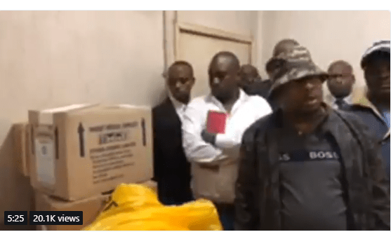 Kenyan governor uncovers 12 corpses of infants hidden in boxes at a hospital (Video)