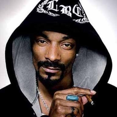 Snoop Dogg welcomes his first granddaughter and shares video of her