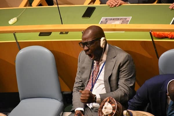 edo posture chair steel gaming state governor godwin obaseki caught on camera sleeping while president buhari addressed the un general