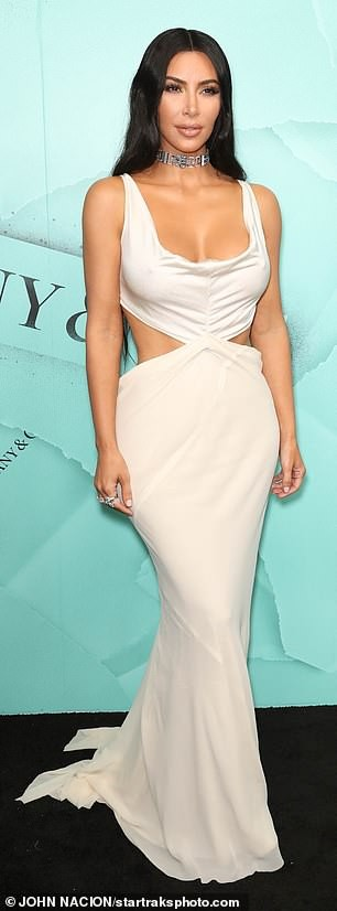 Kim Kardashian goes braless in revealing outfit as she arrives at Tiffany$Co party in NY (Photos)