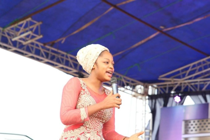 More details & photos of prophetess/evangelist Naomi Oluwaseyi