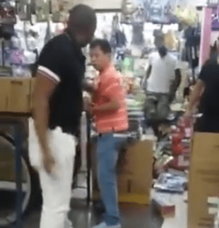 "Chinese man calls Kenyan man ""Monkey"" in his own country, what happens next is something no one will forget in a hurry (video)"