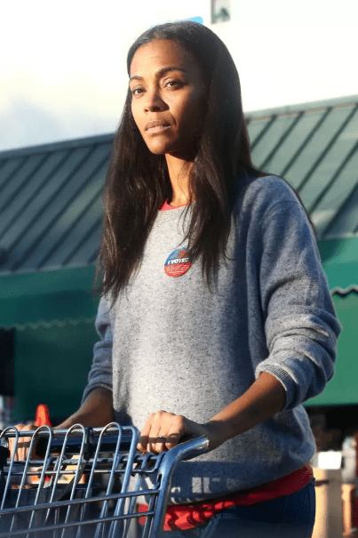 Actress Zoe Saldana steps out without makeup and people have quite a lot to say (photos)