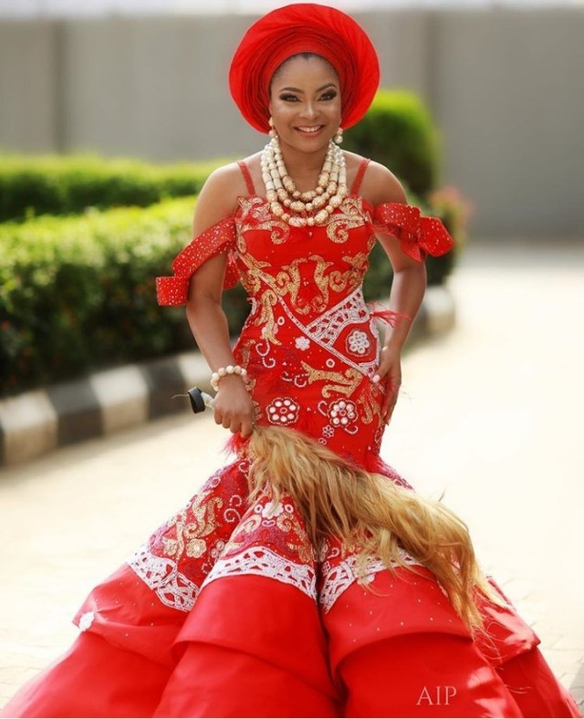 The bride, her bridesgroom and her squad: More photos from Linda Ejiofor and Ibrahim Suleiman