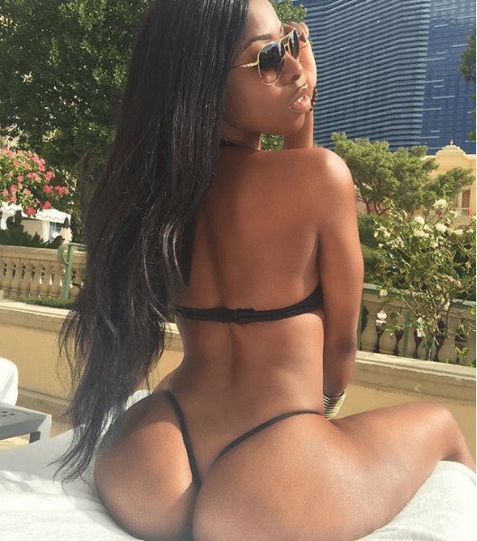 See hot bikini photos of the model claiming she is pregnant with Future