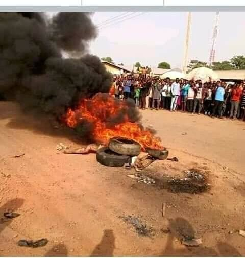 Photos: Suspected female thief burnt to death in Cross Rivers