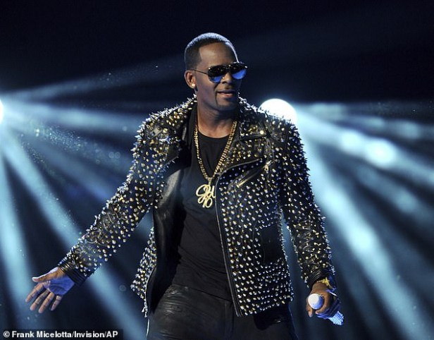 Disturbing images show two of R Kelly